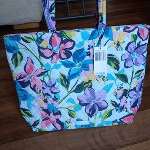 Vera Bradley Essential Tote Bag Marian Floral